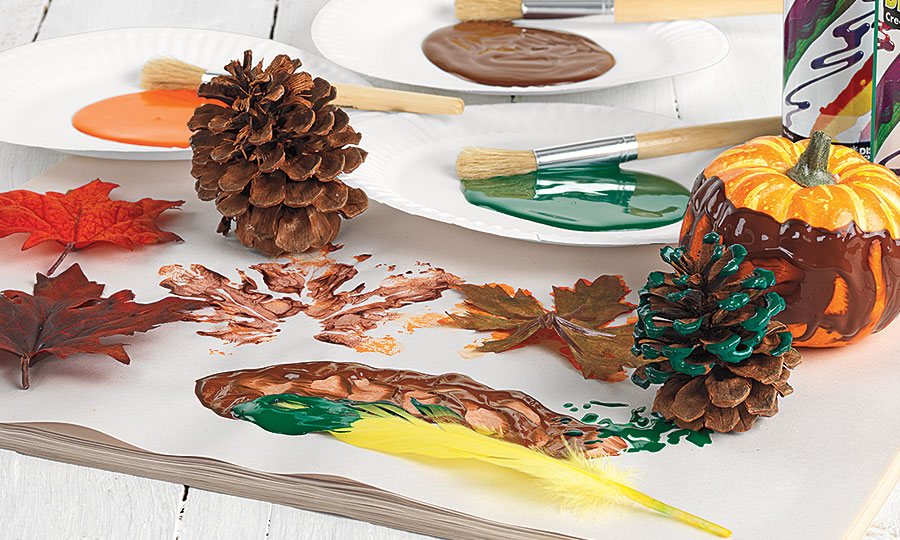 BioColor Pine Cone Painting